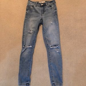 Mid rise ripped skinny jeans- size 1